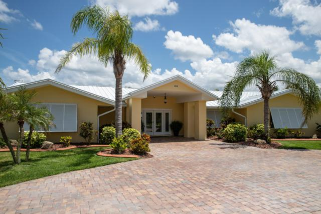 404 Desoto Drive, New Smyrna Beach, FL 32169 (MLS #1051171) :: Memory Hopkins Real Estate