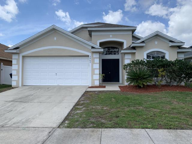 3907 Benson Park Boulevard, Orlando, FL 32829 (MLS #1055252) :: Cook Group Luxury Real Estate