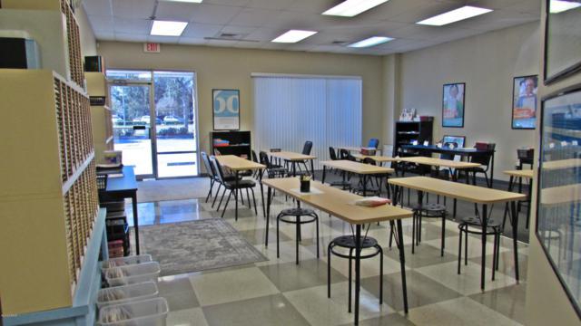 1757 N Nova Road #101, Holly Hill, FL 32117 (MLS #1055592) :: Memory Hopkins Real Estate