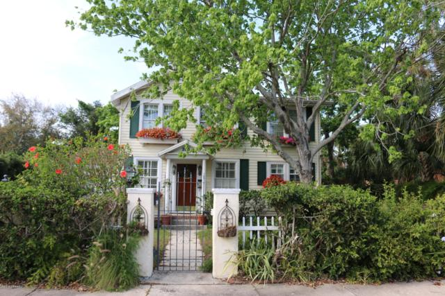 205 Riverview Boulevard, Daytona Beach, FL 32118 (MLS #1056523) :: Florida Life Real Estate Group
