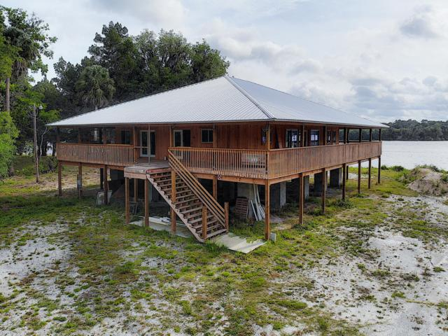 25625 Perch Road, Astor, FL 32102 (MLS #1056558) :: Cook Group Luxury Real Estate