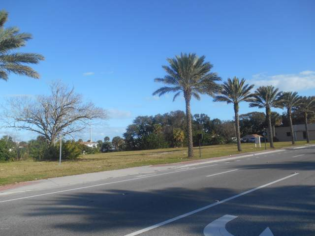1745 S Ridgewood Avenue, South Daytona, FL 32119 (MLS #1066332) :: NextHome At The Beach