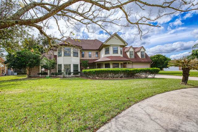 5 Lake Vista Way, Ormond Beach, FL 32174 (MLS #1067894) :: Memory Hopkins Real Estate