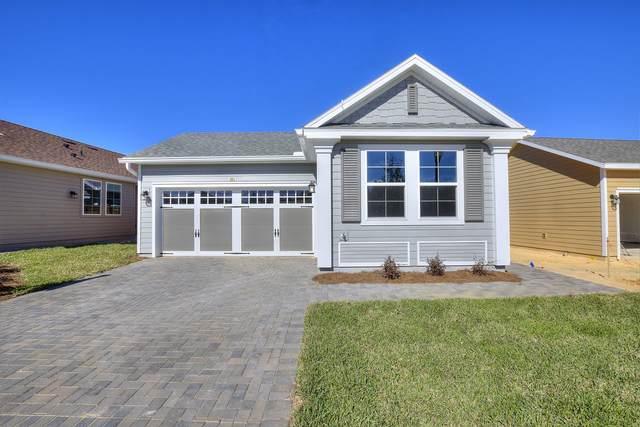 381 Alcove Drive, Groveland, FL 34736 (MLS #1068262) :: Florida Life Real Estate Group