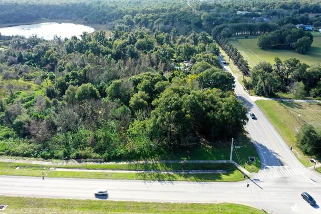 1409 N Stone Street, Deland, FL 32720 (MLS #1068394) :: Florida Life Real Estate Group