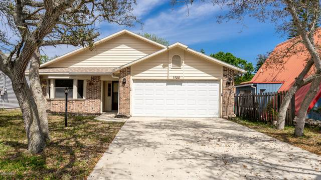 1923 S Palmetto Avenue, Flagler Beach, FL 32136 (MLS #1069834) :: Florida Life Real Estate Group
