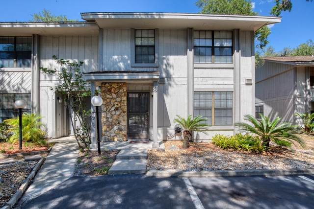 9 Oakwood Park, Ormond Beach, FL 32174 (MLS #1071417) :: Florida Life Real Estate Group