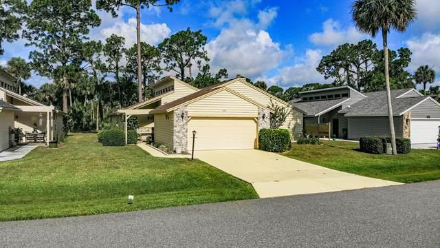 185 N Gull Circle, Daytona Beach, FL 32119 (MLS #1071498) :: Memory Hopkins Real Estate