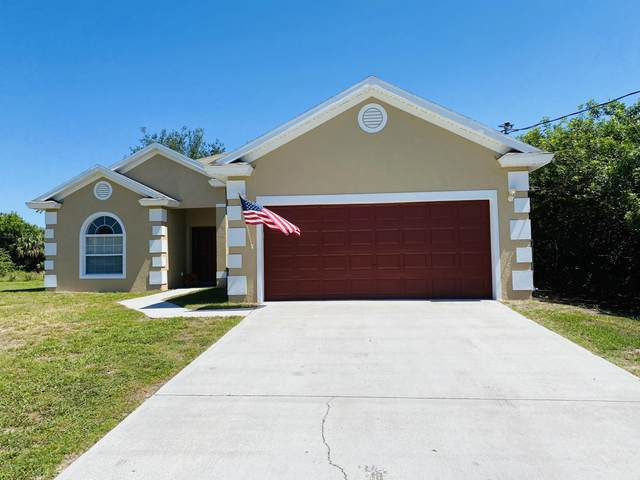 713 Olivia Street, Palm Bay, FL 32908 (MLS #1071511) :: Cook Group Luxury Real Estate