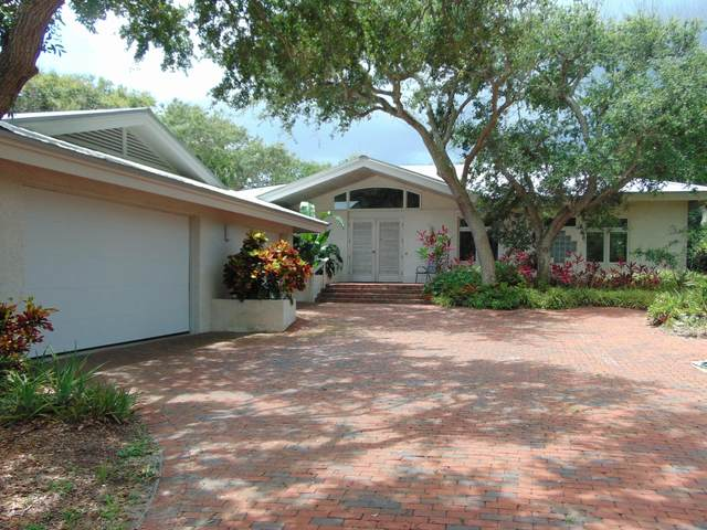 1410 N Peninsula Avenue, New Smyrna Beach, FL 32169 (MLS #1073000) :: Cook Group Luxury Real Estate