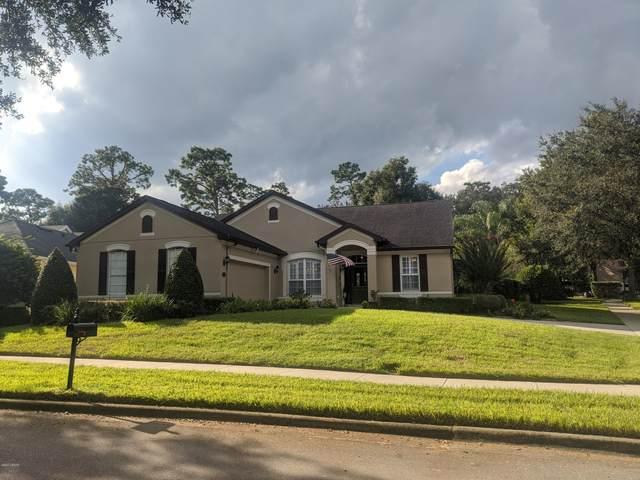 310 W Lake Victoria Circle, Deland, FL 32724 (MLS #1076063) :: Cook Group Luxury Real Estate