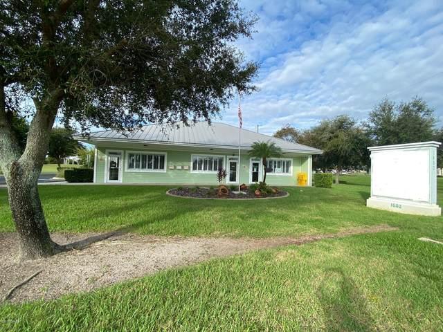 1604 S Ridgewood Avenue, Edgewater, FL 32132 (MLS #1076471) :: Cook Group Luxury Real Estate