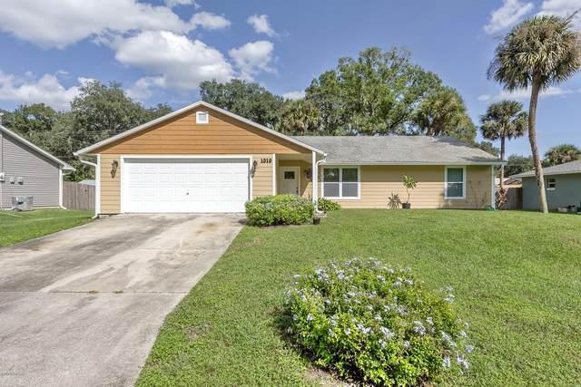 1319 Pine Tree Drive, Edgewater, FL 32132 (MLS #1076629) :: Cook Group Luxury Real Estate