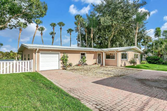1045 Lemon Bluff Road, Osteen, FL 32764 (MLS #1076670) :: Cook Group Luxury Real Estate