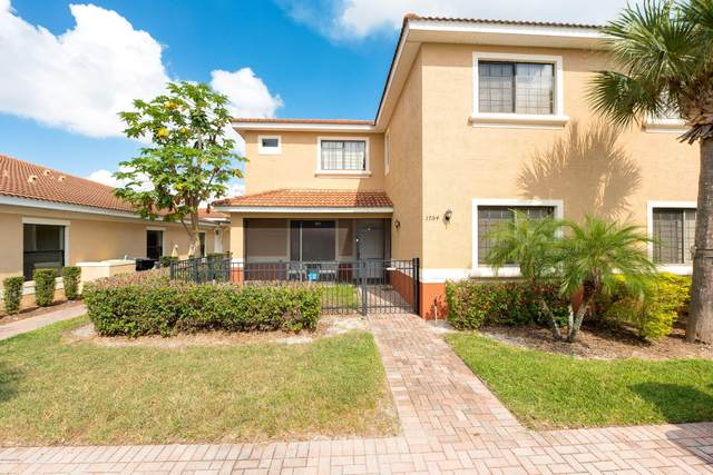 1754 Coriander Drive, Kissimmee, FL 34759 (MLS #1076969) :: Cook Group Luxury Real Estate