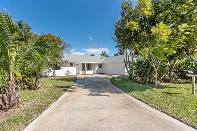 207 Francis Drive, Edgewater, FL 32132 (MLS #1077435) :: Cook Group Luxury Real Estate