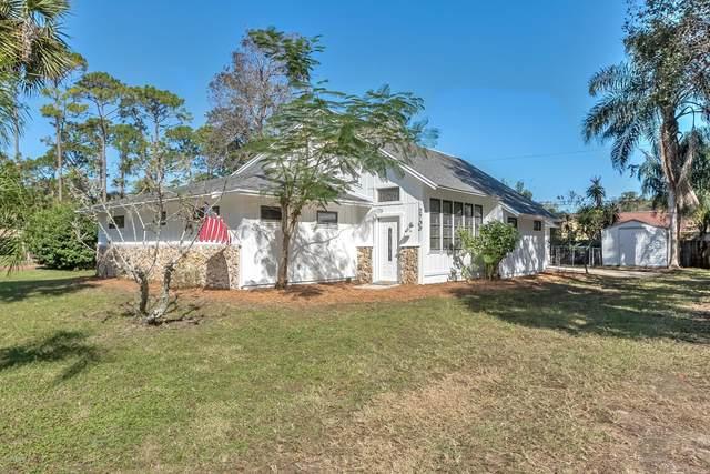 2709 Tamarind Drive, Edgewater, FL 32141 (MLS #1078105) :: Florida Life Real Estate Group