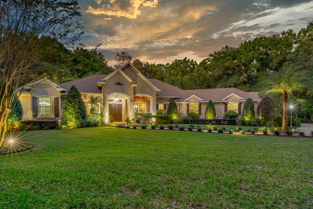 1955 Hillcrest Oak Drive, Deland, FL 32720 (MLS #1078154) :: Florida Life Real Estate Group