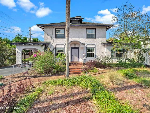 339 E New York Avenue, Deland, FL 32724 (MLS #1082598) :: Florida Life Real Estate Group