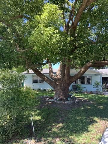 1570 Birmingham Avenue, Holly Hill, FL 32117 (MLS #1083573) :: Memory Hopkins Real Estate