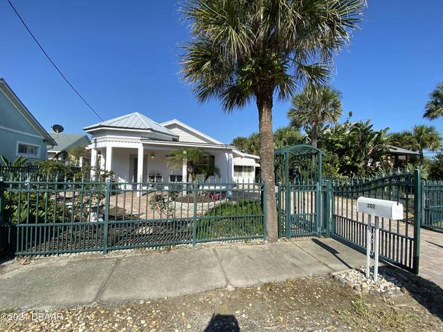 202 S Cooper Street, New Smyrna Beach, FL 32169 (MLS #1088257) :: Momentum Realty