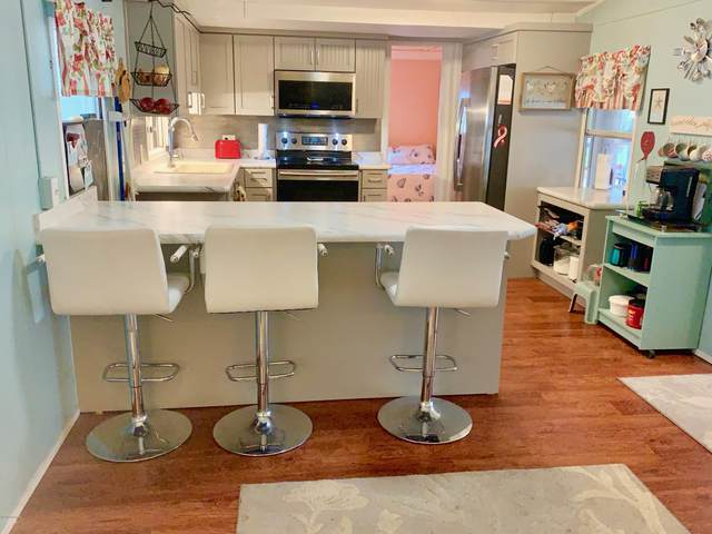 5236 Pineland Avenue, Port Orange, FL 32127 (MLS #1070264) :: Memory Hopkins Real Estate