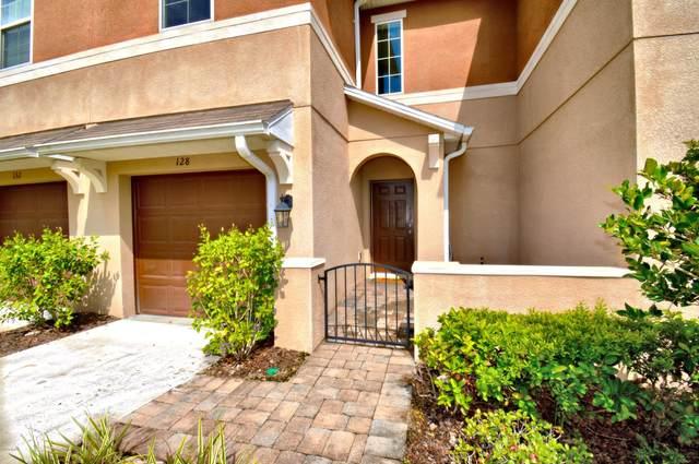 128 Tarracina Way, Daytona Beach, FL 32117 (MLS #1076411) :: Florida Life Real Estate Group