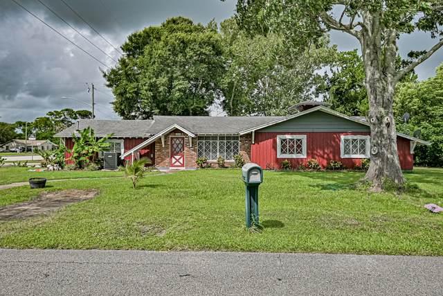 1830 Date Palm Drive, Edgewater, FL 32132 (MLS #1073448) :: Memory Hopkins Real Estate