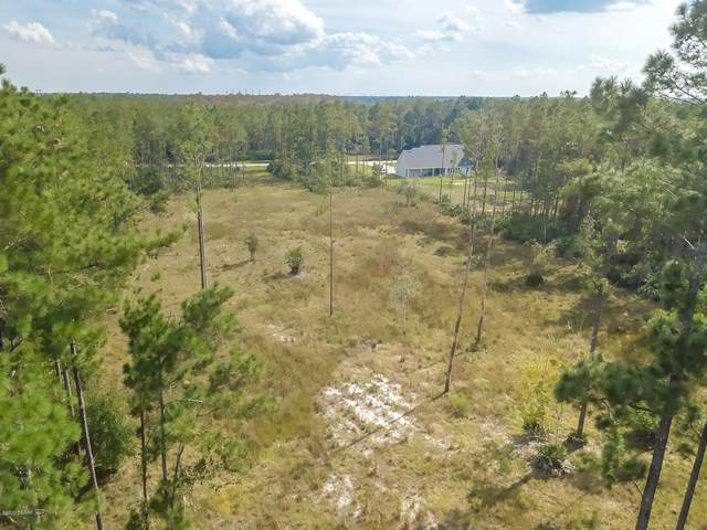 105 Creekside Drive, Bunnell, FL 32110 (MLS #1076695) :: NextHome At The Beach