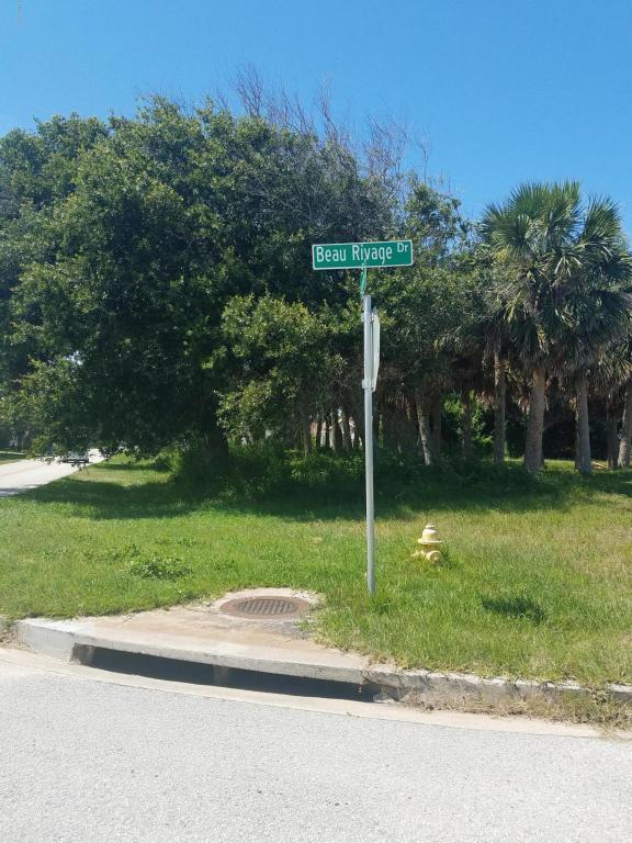 3001 John Anderson Drive, Ormond Beach, FL 32176 (MLS #1045081) :: Beechler Realty Group