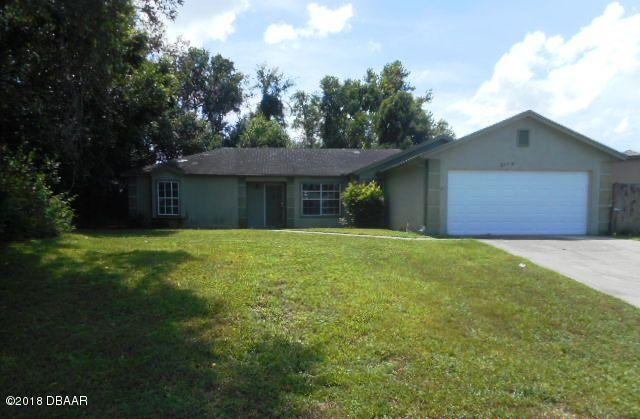 2159 E Hyde Drive, Deltona, FL 32738 (MLS #1048084) :: Memory Hopkins Real Estate