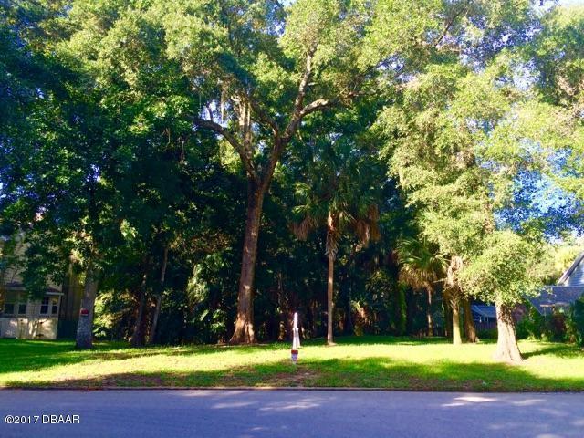 122 River Bluff Drive, Ormond Beach, FL 32174 (MLS #1049463) :: Beechler Realty Group