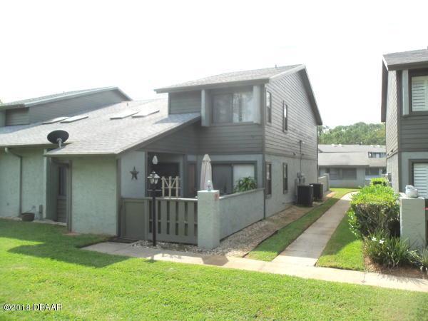 240 Orange Grove Drive B, Ormond Beach, FL 32174 (MLS #1050082) :: Memory Hopkins Real Estate