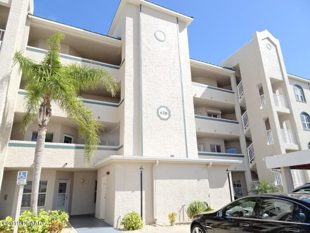 428 Bouchelle Drive #204, New Smyrna Beach, FL 32169 (MLS #1053942) :: Beechler Realty Group