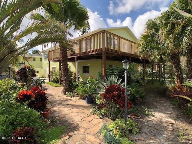1427 Beacon Street, New Smyrna Beach, FL 32169 (MLS #1054368) :: Cook Group Luxury Real Estate