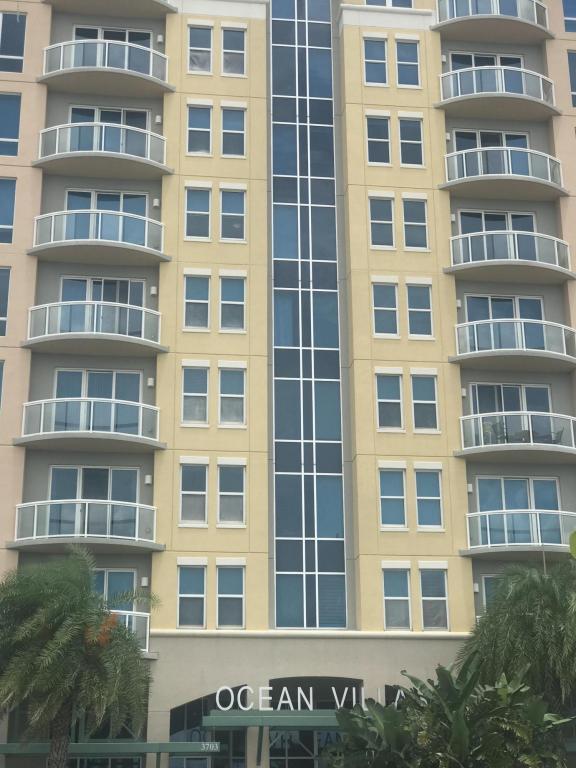 3703 S Atlantic Avenue #706, Daytona Beach Shores, FL 32118 (MLS #1045469) :: Beechler Realty Group