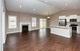 9334 Valley Parkway - Photo 3