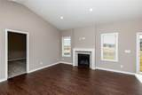 9334 Valley Parkway - Photo 5