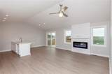 605 Sunset Drive - Photo 3