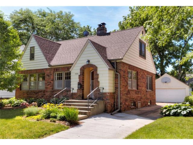 4226 Sheridan Avenue, Des Moines, IA 50310 (MLS #541929) :: Colin Panzi Real Estate Team