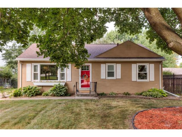 954 64th Street, Windsor Heights, IA 50324 (MLS #544418) :: Colin Panzi Real Estate Team