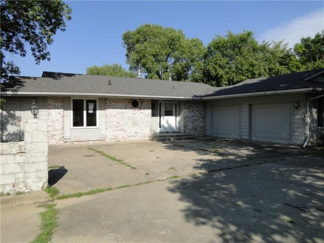 6751 NW Trail Ridge Drive, Johnston, IA 50131 (MLS #544580) :: Moulton & Associates Realtors