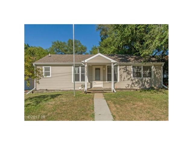 4808 S Union Street, Des Moines, IA 50315 (MLS #546185) :: Colin Panzi Real Estate Team