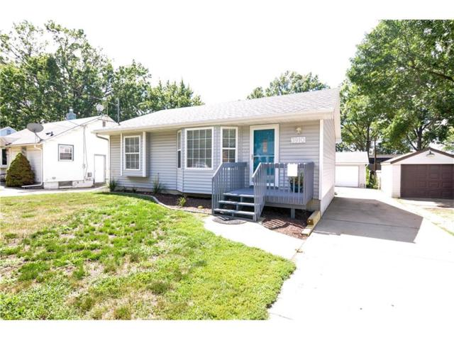 3910 57th Street, Des Moines, IA 50310 (MLS #546226) :: Colin Panzi Real Estate Team