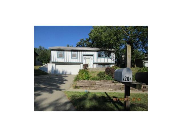 5204 SE 8th Street, Des Moines, IA 50315 (MLS #546355) :: Colin Panzi Real Estate Team