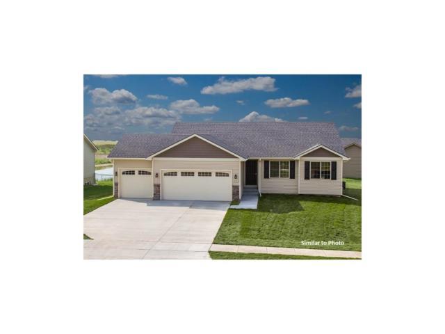 115 SE Wildflower Drive, Pleasant Hill, IA 50327 (MLS #548375) :: Pennie Carroll & Associates