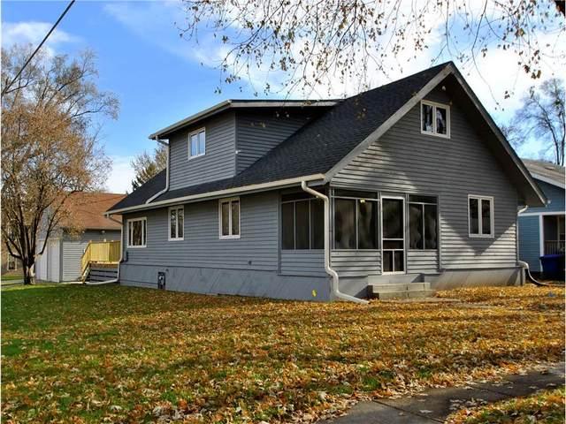 951 40th Street, Des Moines, IA 50312 (MLS #551263) :: Moulton & Associates Realtors