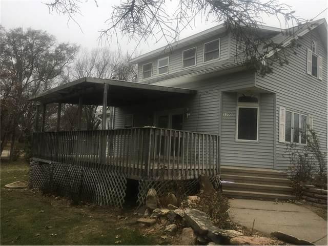 1305 Grant Street, Redfield, IA 50233 (MLS #551442) :: EXIT Realty Capital City