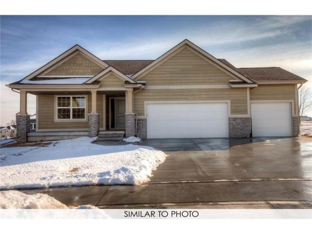 2718 Shady Lane Drive, Norwalk, IA 50211 (MLS #554905) :: Better Homes and Gardens Real Estate Innovations