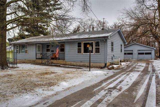 2720 51st Street, Des Moines, IA 50310 (MLS #554919) :: Pennie Carroll & Associates